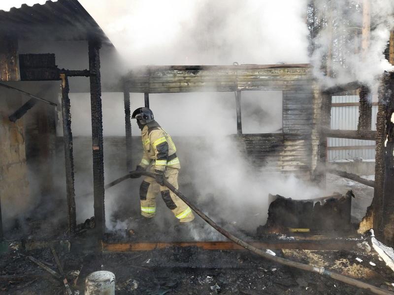 Сотрудники МЧС призывают граждан к соблюдению требований пожарной безопасности